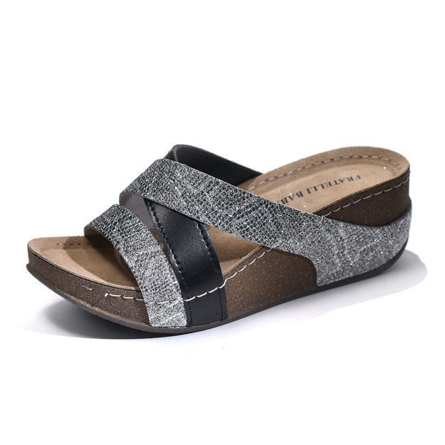 Slika Ženske papuče Fratelli D-168 srebrna
